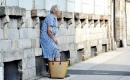 Anlageberater prellt Rentnerin