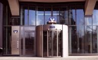 Erste Bank verlangt Strafzinsen von Privatkunden