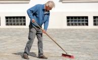 Fast eine Million Rentner sind Minijobber