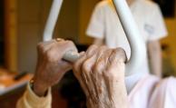 Viele Senioren können sich Pflegekosten nicht leisten