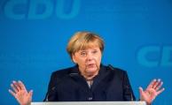 Angela Merkel will Rente aus Wahlkampf heraushalten