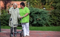 Sozialamt darf bei Pflegebetrug Leistungen kürzen