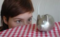 Deutsche sparen zwar ordentlich, aber falsch
