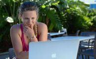 Kunden bevorzugen Versicherer-Webseiten beim Online-Abschluss