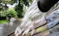 Versicherer muss nicht für Überflutung durch verstopftes Regenrohr zahlen