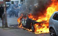 Wer zahlt, wenn mein Auto abgebrannt ist?