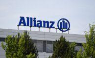 Vertreterin verklagt Allianz