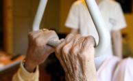 85 Prozent der Deutschen fühlen sich bei der Pflege schlecht versichert