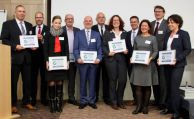 AMC prüft Nachhaltigkeit und Webauftritte der Versicherer