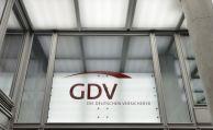 Standard-Riester soll Deutschlandrente das Wasser abgraben
