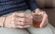 Frau bezieht zehn Jahre zu Unrecht Rente