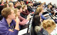 So viel müssen Studenten für einen BU-Schutz zahlen