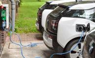 Viele Elektroautos lassen sich günstiger versichern als Benziner