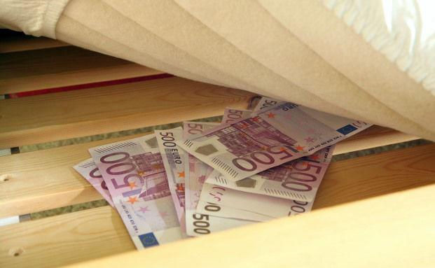 Hausratversicherung zahlt bei gestohlenem Bargeld nur begrenzt ...