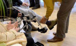 Gutachter schlagen Abschaffung von stationärer und ambulanter Pflege vor