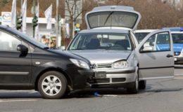 Wie verhalte ich mich nach einem Autounfall richtig?