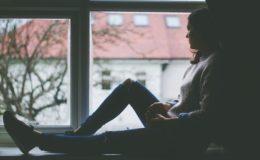 Junge Menschen sorgen sich um ihre Psyche
