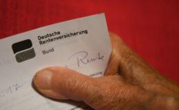 Bundesbürger beziehen immer länger Rente