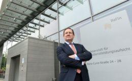 Bafin-Chef Hufeld spricht sich gegen Verkaufsverbot für Bestände aus