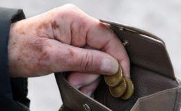 Mehr Menschen sind im Alter auf Grundsicherung angewiesen