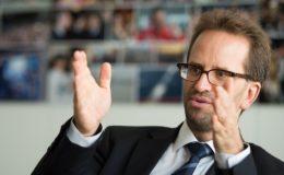 """Klaus Müller fordert """"Provisionsverbot bei allen Anlageprodukten"""""""