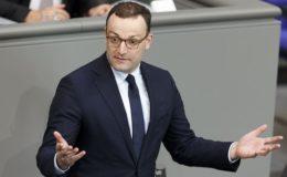 Gesundheitsminister Spahn will Pflegebeiträge noch stärker erhöhen