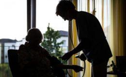 Pflegewahrscheinlichkeit sinkt, Pflegefälle steigen trotzdem