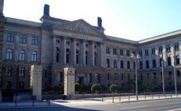 Bundestag gibt grünes Licht für Vermittler-Verordnung