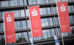 Gericht untersagt Negativzinsen bei Riester-Banksparplänen