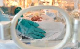 Infektion im Krankenhaus gilt für Frühchen als Arbeitsunfall