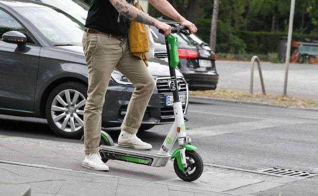 40 Prozent der jungen Menschen wollen E-Scooter nutzen