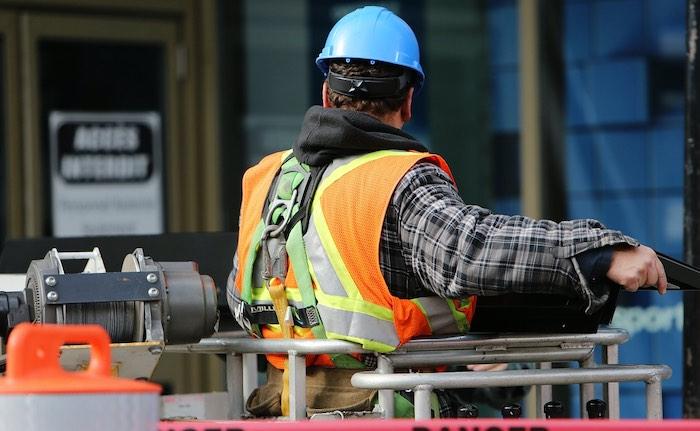 Gros der Menschen unterschätzt Risiko für Berufsunfähigkeit