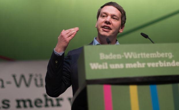 Beamte in Baden-Württemberg sollen zwischen GKV und PKV wählen können