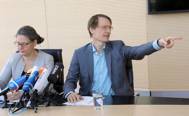 SPD-Politiker Lauterbach vergleicht PKV mit Braunkohle