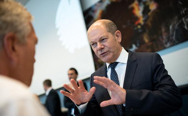 Finanzminister Scholz warnt Banken vor Minuszinsen für Sparer