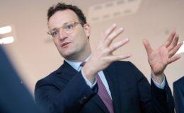 Spahn will Vorschlag für Finanzreform in der Pflegeversicherung vorlegen
