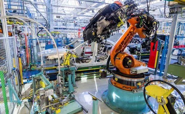 Warum eine Maschinenversicherung für kleine Betriebe Pflicht ist