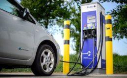 Mittelständler halten sich bei Elektroautos zurück