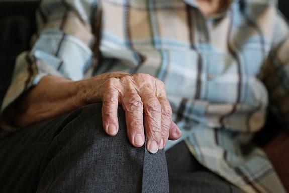 So können Frauen Altersarmut entgegenwirken