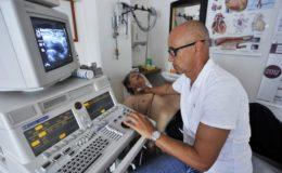 Deutsche warten oft länger als drei Wochen auf Facharzttermin