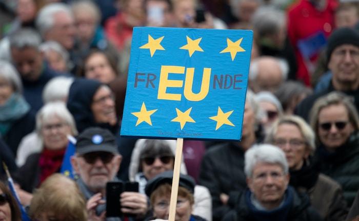 Fast die Hälfte der EU-Bürger spart nicht fürs Alter