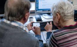 Bürger wollen Versicherungsangelegenheiten künftig häufiger online abwickeln