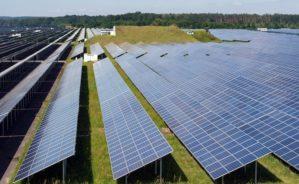 Nachhaltigkeitsberichte deutscher Versicherer zu unverständlich