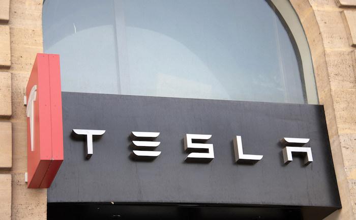 Tesla plant Einstieg ins Kfz-Versicherungsgeschäft