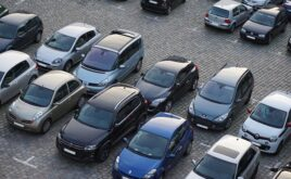 Kfz-Versicherung muss bei Autobrand durch Grill zahlen