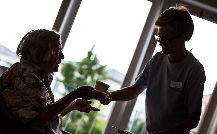 """Viele Pflegerententarife unterlaufen """"weltweiten Versicherungsschutz"""""""