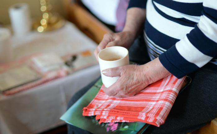 Pflegeversicherung muss stärker auf pflegende Angehörige eingehen