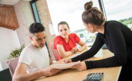Mehrheit der Versicherten bevorzugt persönliche Beratung