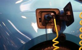 E-Autos dürfen nicht an jede Steckdose