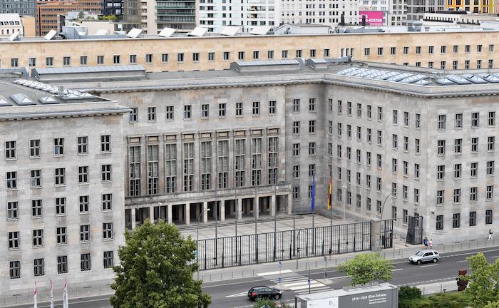 """Provisionsdeckel soll es """"in Kürze"""" ins Kabinett schaffen"""